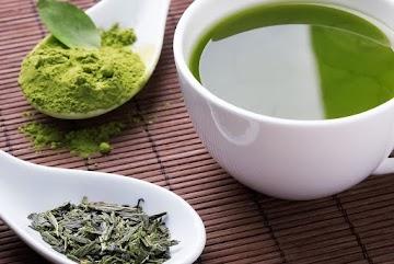 Beber chá pode nos fazer viver mais e melhor, revela estudo