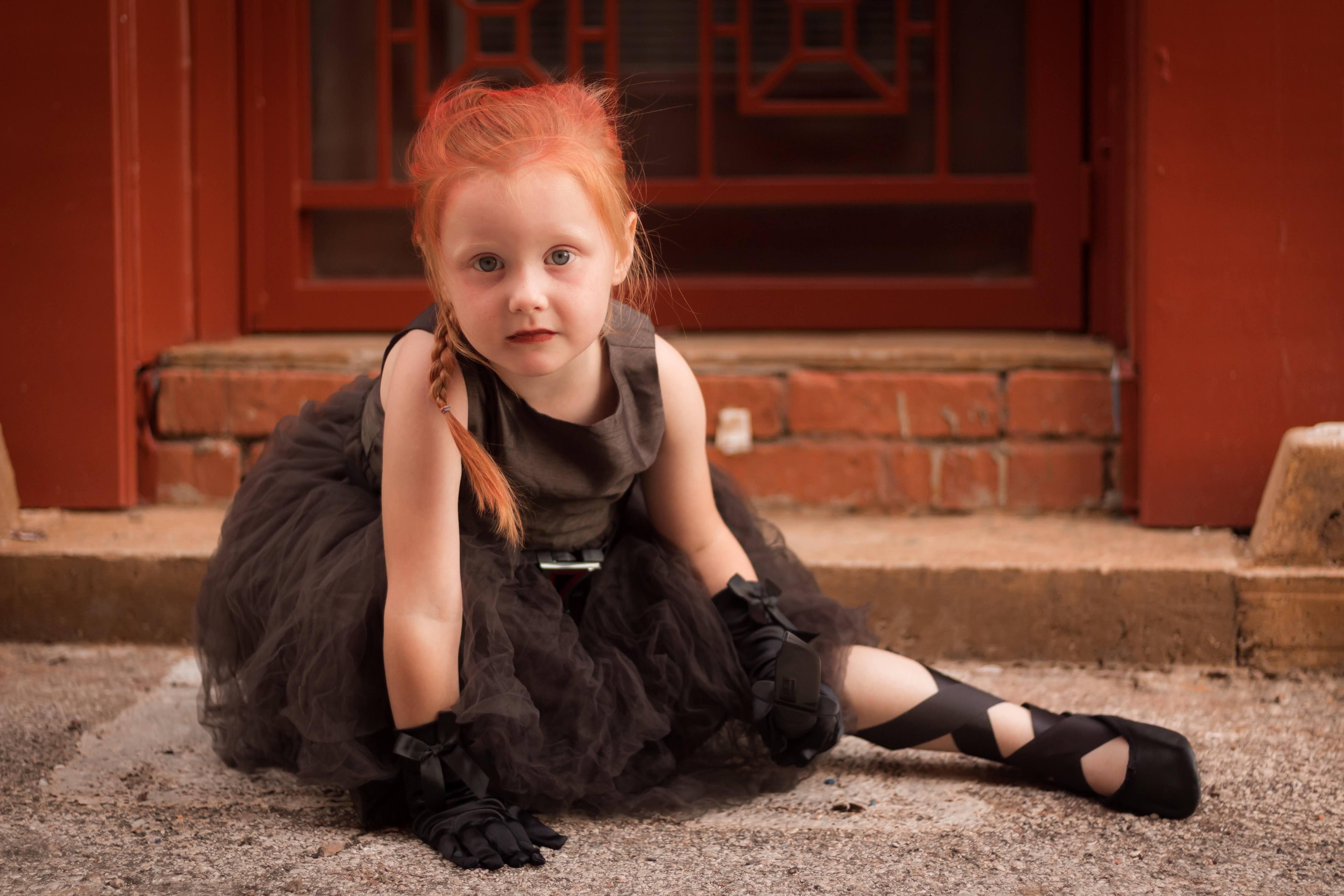 Ballerina Black Widow : 大きくなったら、ブラック・ウィドウになりたい4歳の女の子のナターシャの過去のバレリーナ時代というマーベルなツボを心得たコスプレ ! !