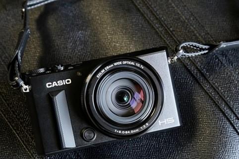 Tips Memilih Kamera Terbaik dari Casio Exilim
