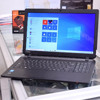 Laptop Toshiba Satellite C55 Core i3 di Malang