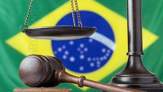 cresce numero juizes abandonam carreira brasil