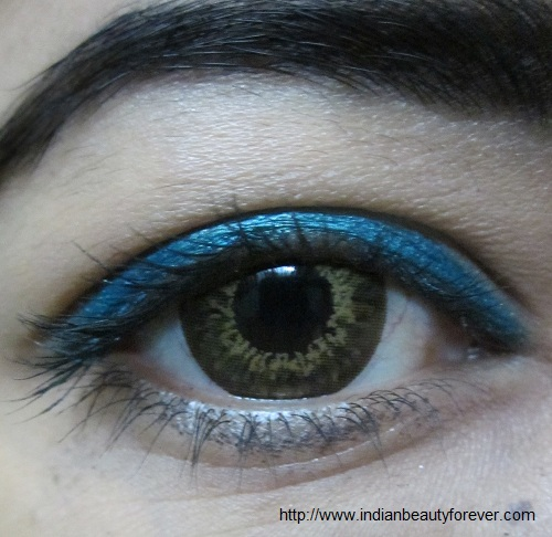 Lakme glide on eye color aqua green eye liner pencil
