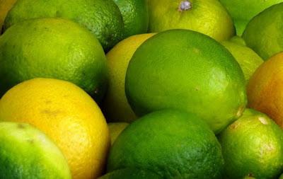 Perbedaan Jeruk Lemon dan Jeruk Nipis