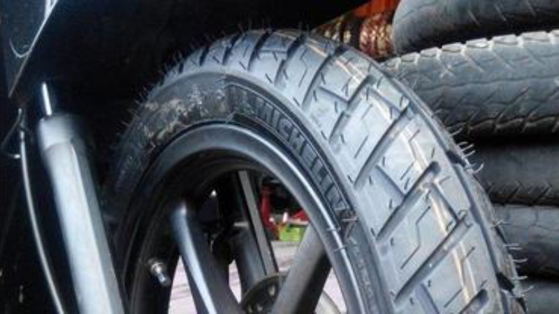 gambar ban Michelin lengkap dengan harga terbaru nya