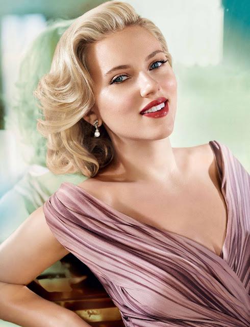 Η διάσημη ηθοποιός Scarlett Johansson δημιουργεί τη δική της σειρά καλλυντικών