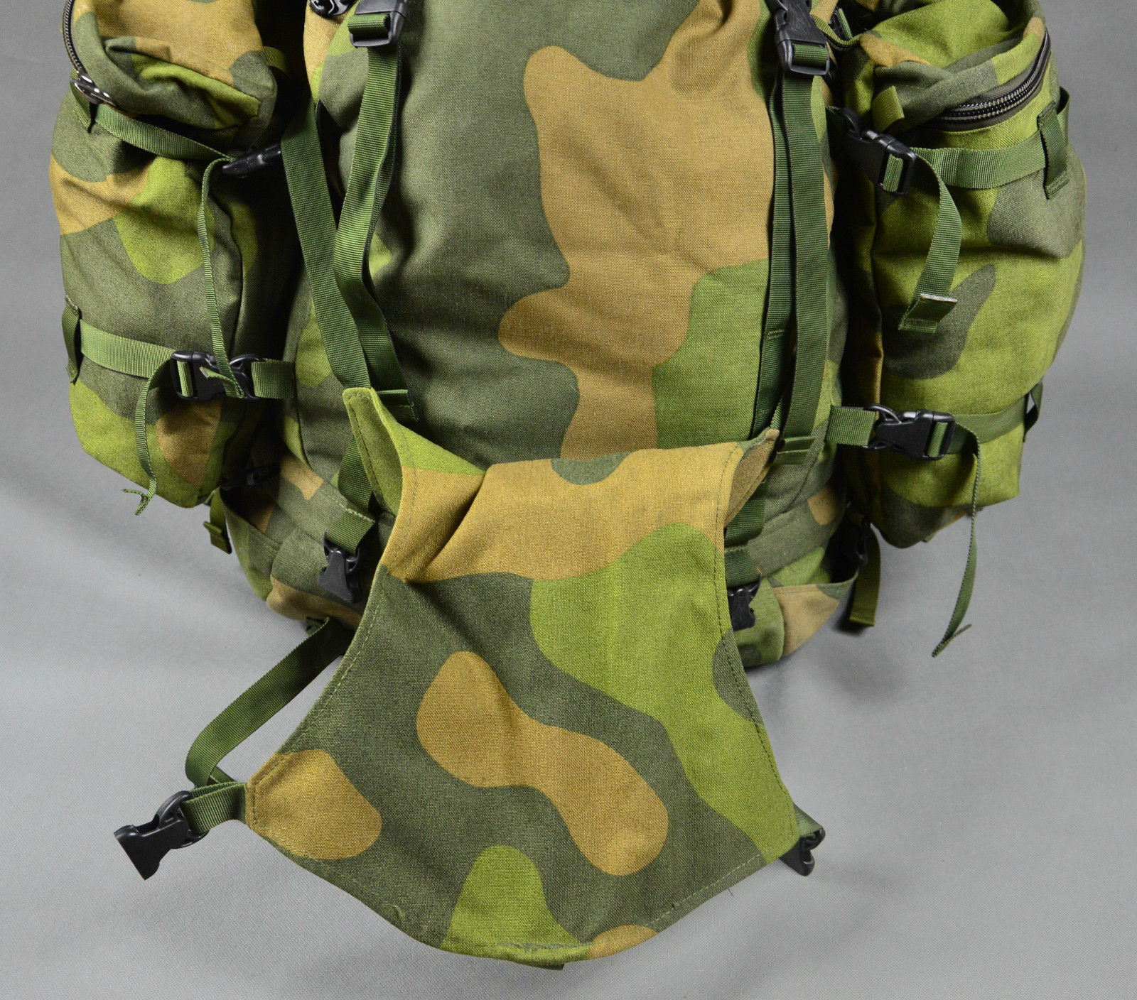Swedish Army Surplus Backpack – TLMODA