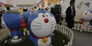 Doraemon Terlahir Berwarna Kuning dan Memiliki Telinga