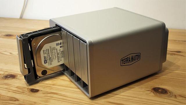 TerraMaster F5-422 NAS Review