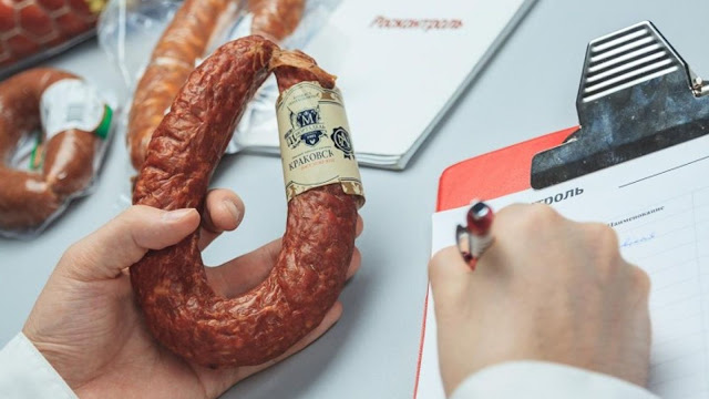 В российской колбасе нашли ДНК человека