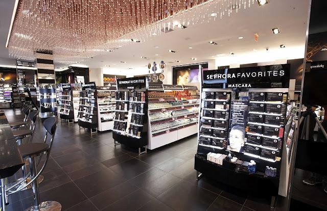 Compras de maquiagens na Sephora em Los Angeles