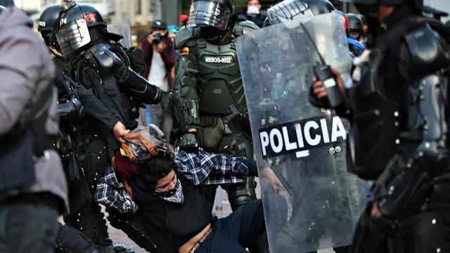 Denuncian nuevos actos de represión por el Esmad en Bogotá, Colombia