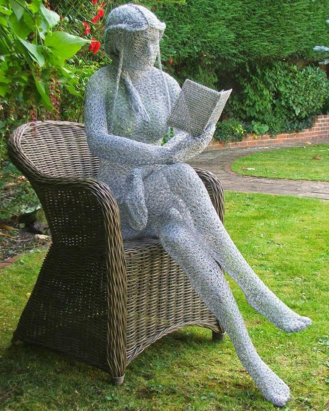 17 Wonderful Garden Sculptures Around The World