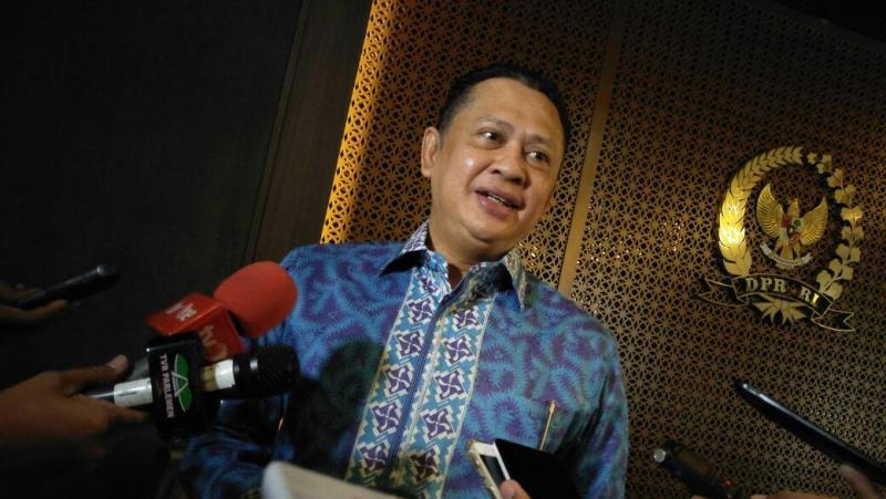 Ancam Kebebasan, Ketua DPR Pastikan Pengkajian Ulang RKUHP soal Pers