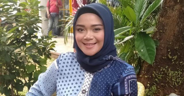 Lagi Hamil, Sheza Idris Pilih Pulang ke Indonesia