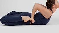 Bhekasana Pose Gerakan Yoga Efektif Untuk Pemula