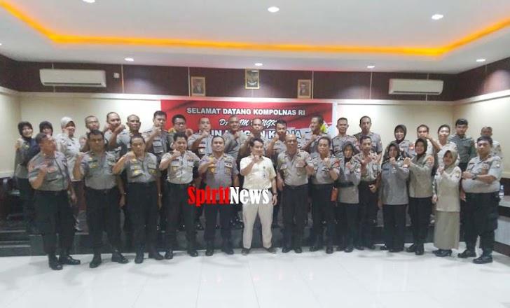 Kompolnas Sampaikan Motivasi Pendidikan di SPN Polda Sulawesi Selatan