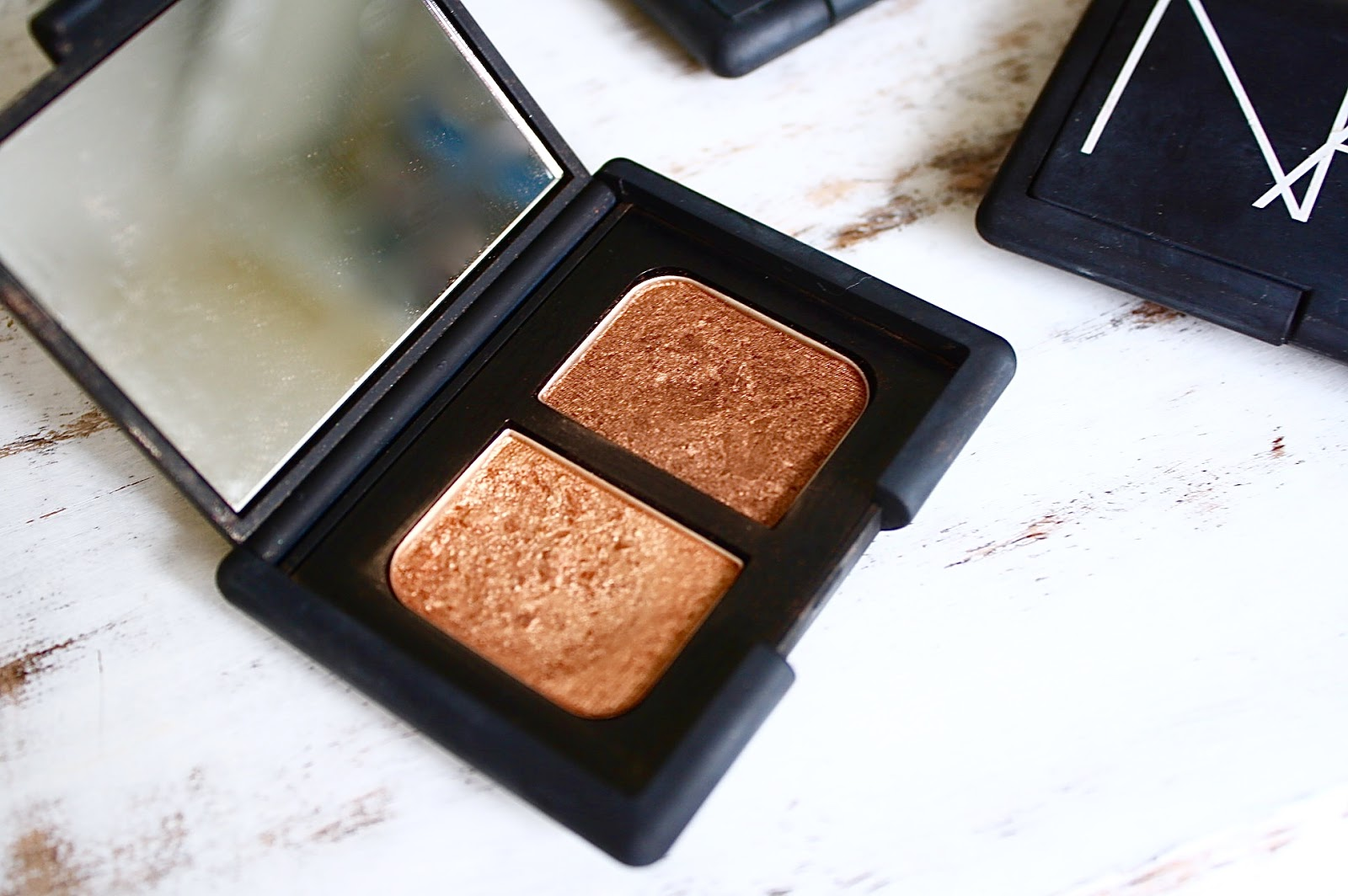 NARS Isolde Duo Eyeshadow Review