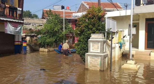 Ribuan Jiwa di Bandung Barat Masih Mengungsi karena Banjir