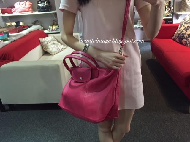 d1547e69fa2f Longchamp Le Pliage Cuir Short Handle Medium-Hot Pink