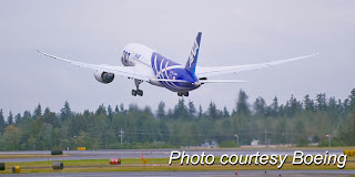Boeing 787 Dreamliner takes off