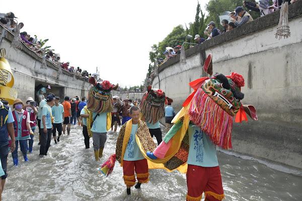 二水跑水節林先生廟揭幕 八堡圳水道跑引水祈福納財