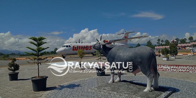 Pesawat Wings Air Akhirnya Mendarat di Bandar Udara Pongtiku