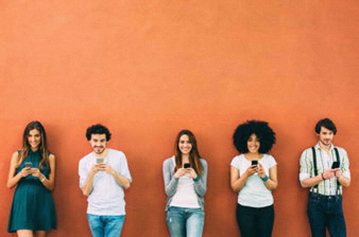 """10 Mënyra për të """"Djegur"""" Veten në Sitet e Njohjeve Online, Sipas Votimit Tuaj"""
