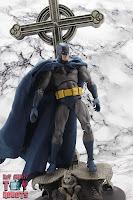 MAFEX Batman (Batman: Hush) 17