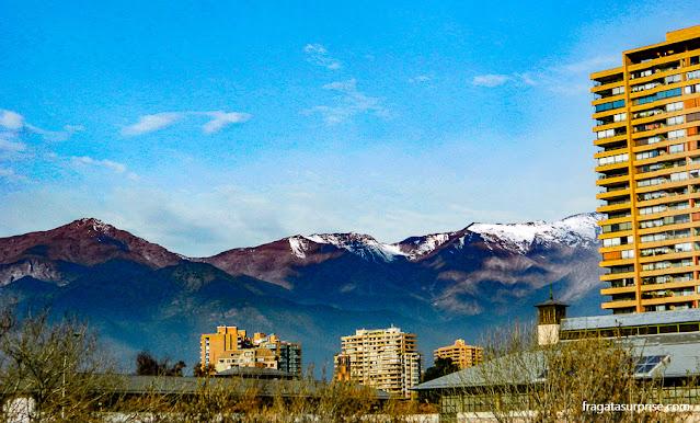 Montanhas no horizonte de Santiago do Chile