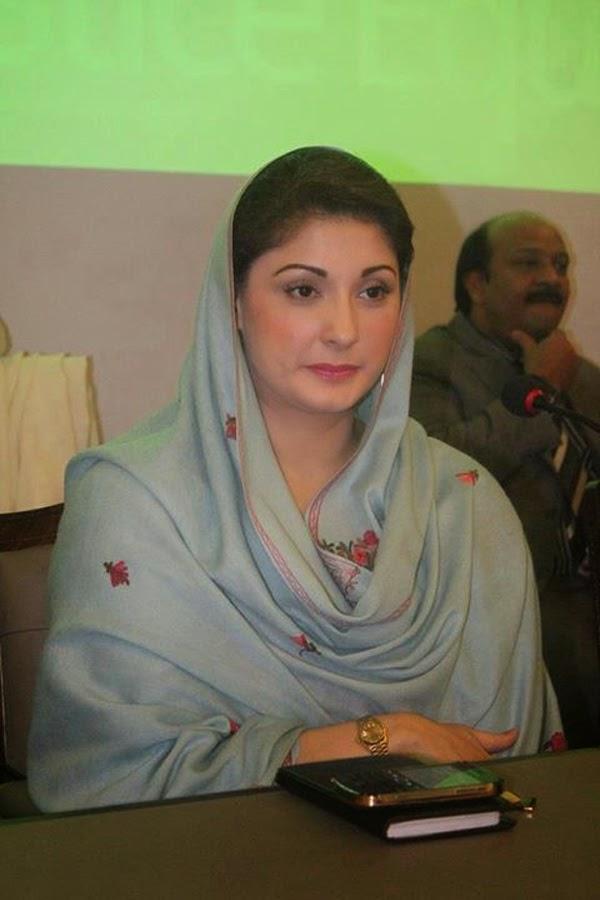 Desi Aunty Photo Beautiful Pakistani Girls Wallpapers-3359