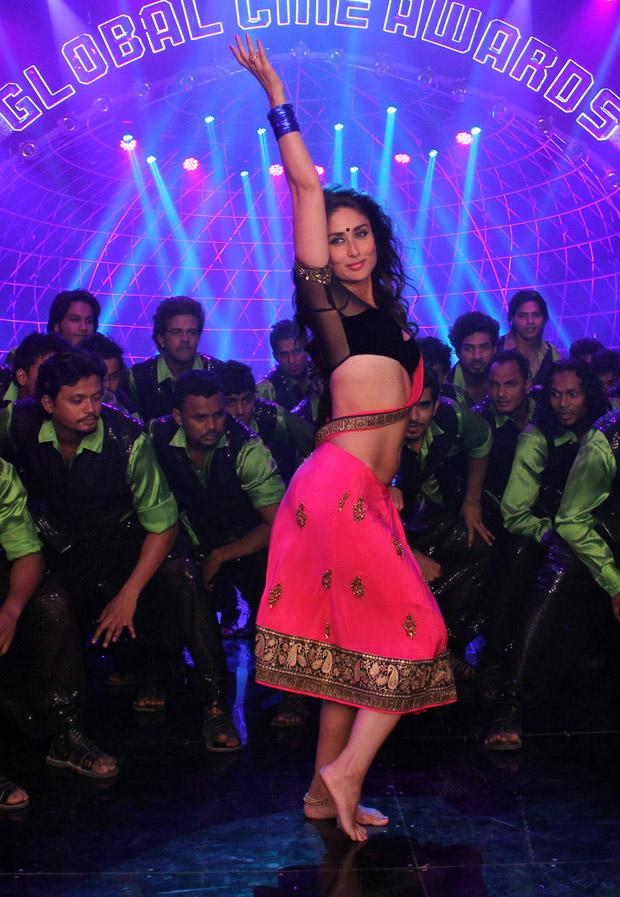 Kareena Kapoor Hot Sexy Navel Cleavage Show Photos From Heroine Movie