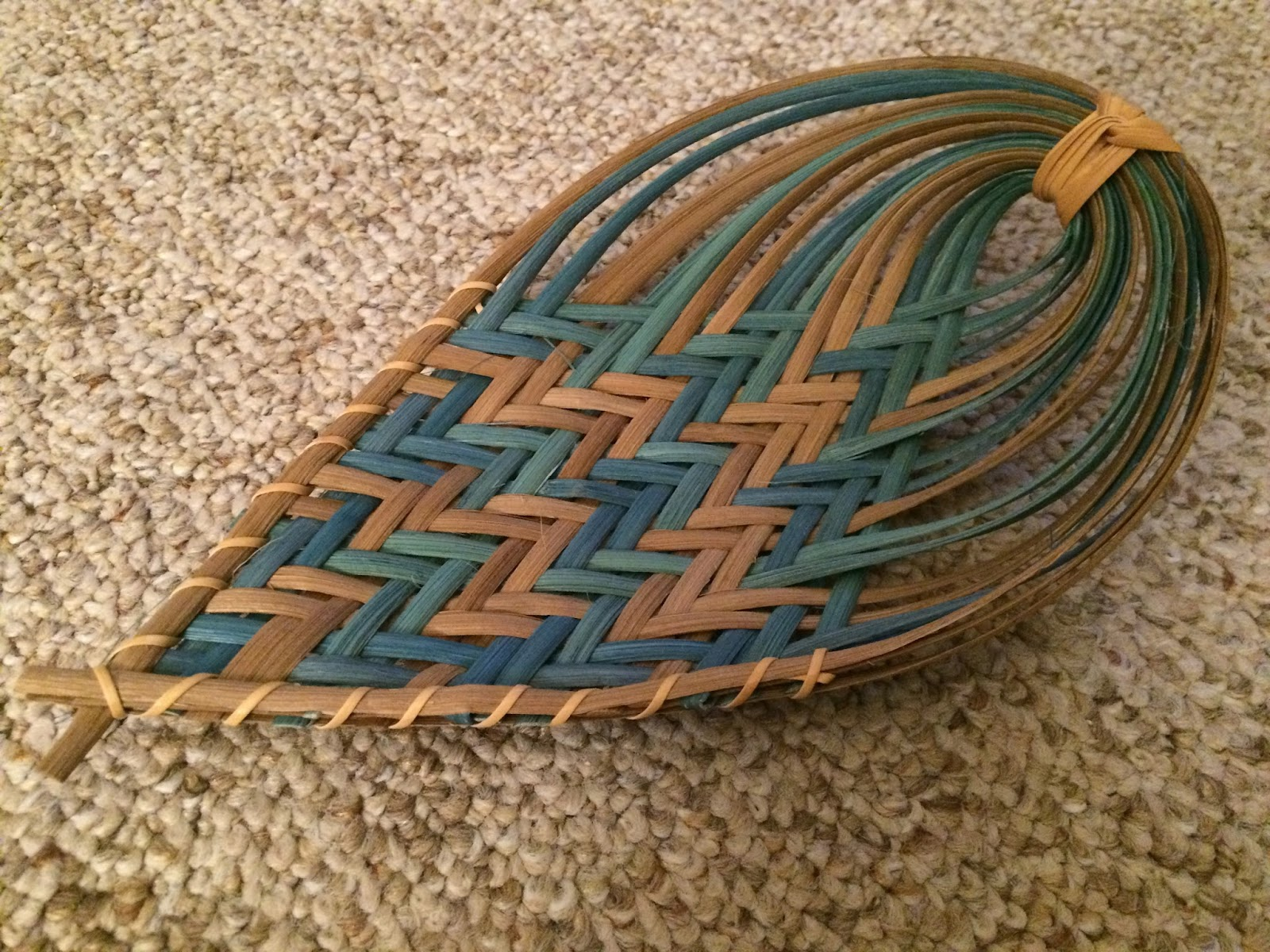 Basket Weaving With Leaves : Baskets weaving with flo