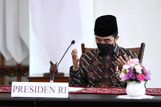 #PrayFromHome, Presiden: Usaha Lahiriah Harus Dibarengi Usaha Batiniah
