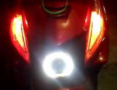 Cara Membuat Lampu Sein Pada Sepedah Motor Menyala Semua atau Sering Disebut Lampu Hazard Dengan Mudah