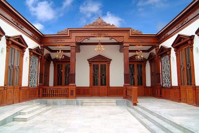 museu de madeira antiga