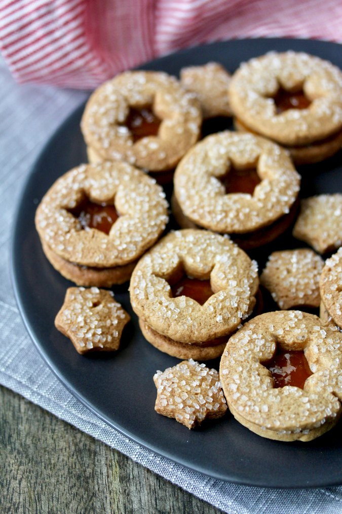 Slice and Bake Gingerbread Sandwich Cookies with apricot jam