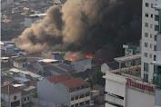 Kebakaran Besar Terjadi di Pasar Kambing Tanah Abang, 75 Personel Damkar Pemadam Dikerahkan