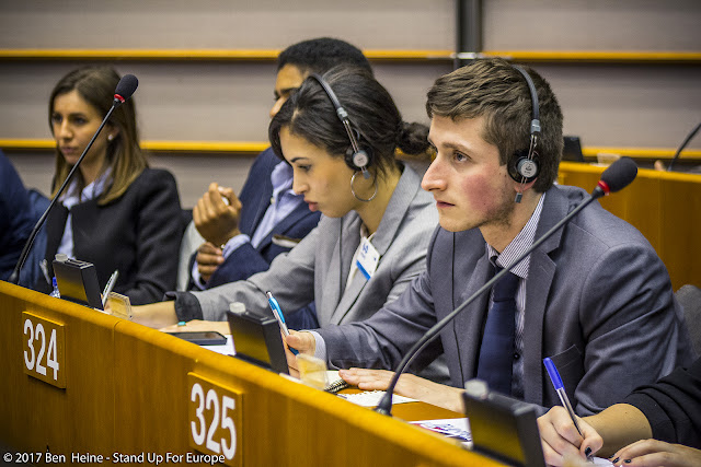 Bàlint Gyévai - Stand Up For Europe - Parlement européen - Photo by Ben Heine