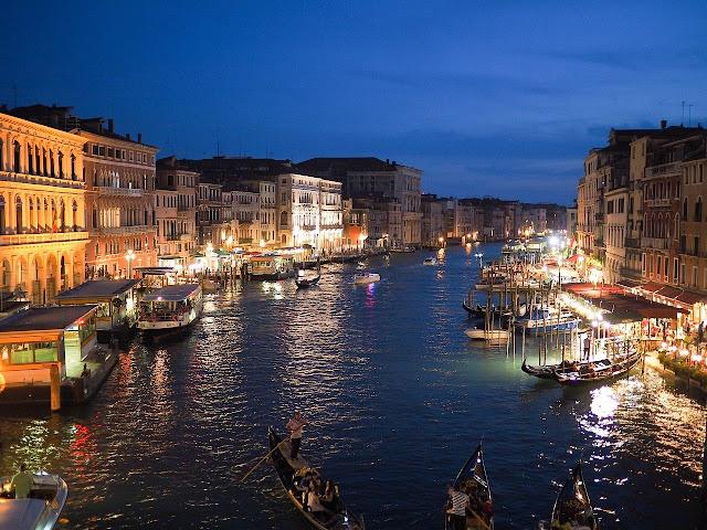 Venice tourist Place - Yatraworld