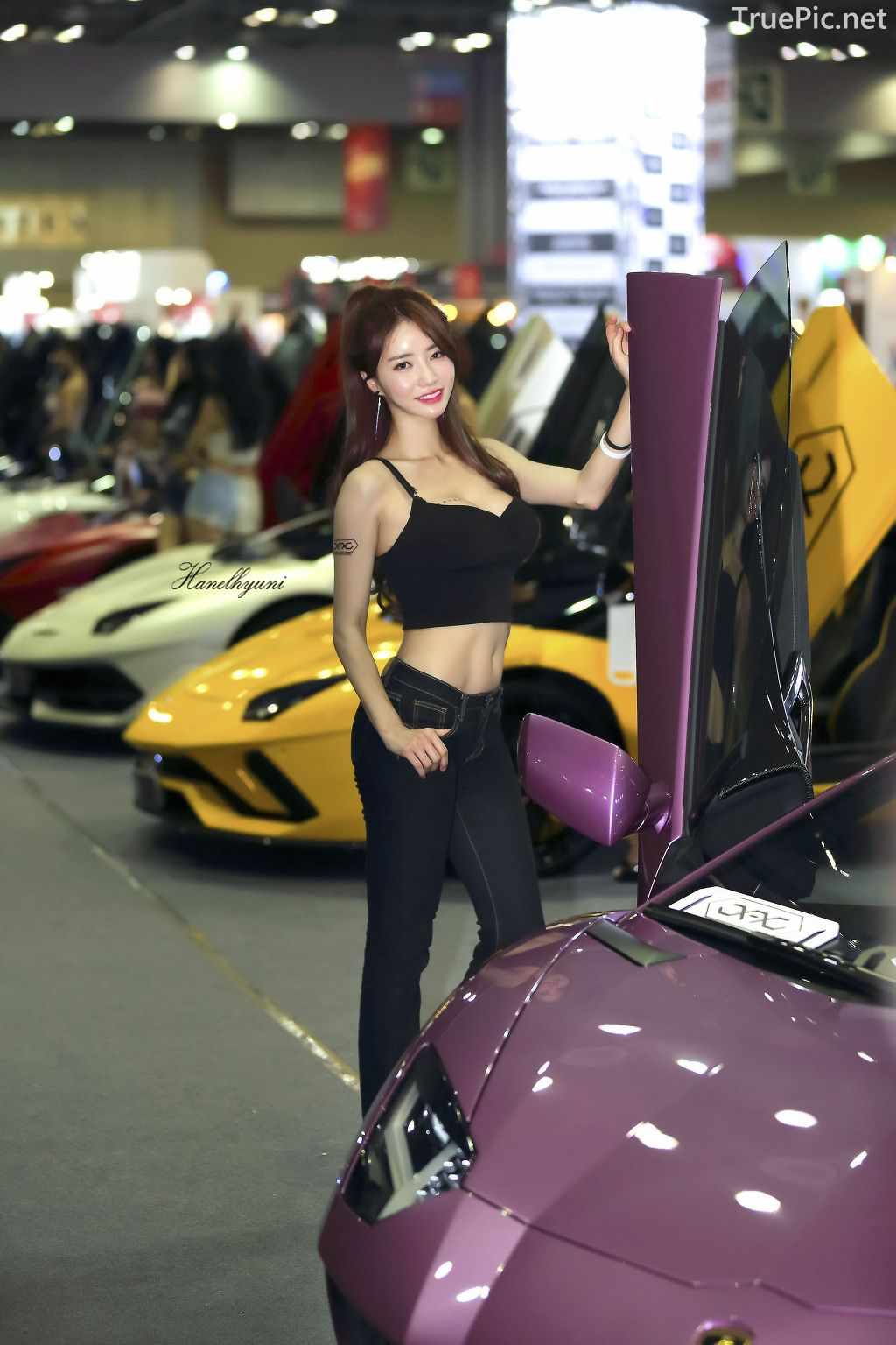 Korean Racing Model - Im Sola - Seoul Auto Salon 2019 - Picture 10
