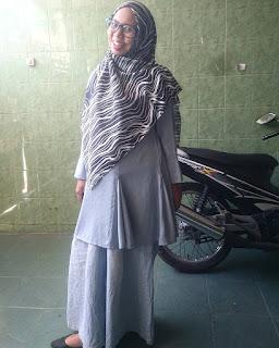 review tunik dari Matchbox by Yuna & Co. untuk hijab