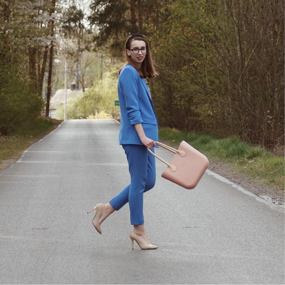 Blue Suit - moodo.pl