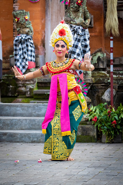 Spettacolo di danza tradizionale-Tempio Desa Batuan-Bali