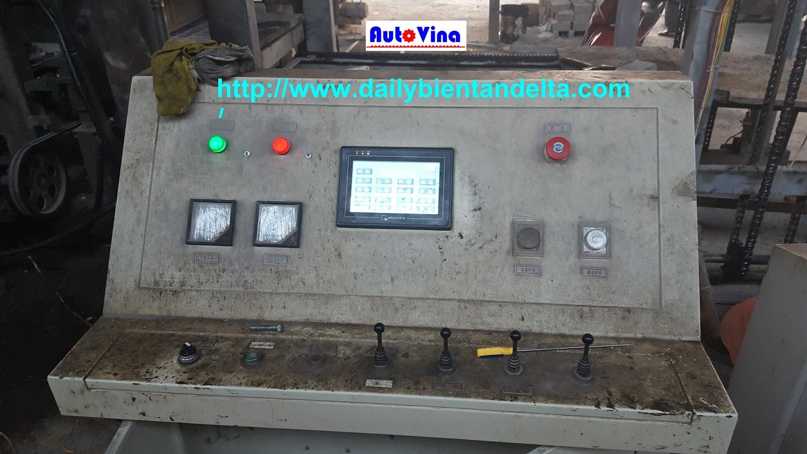 Tủ điều khiển máy ép gạch block của Trung Quốc do Auto Vina sửa chữa và hiệu chỉnh thông số