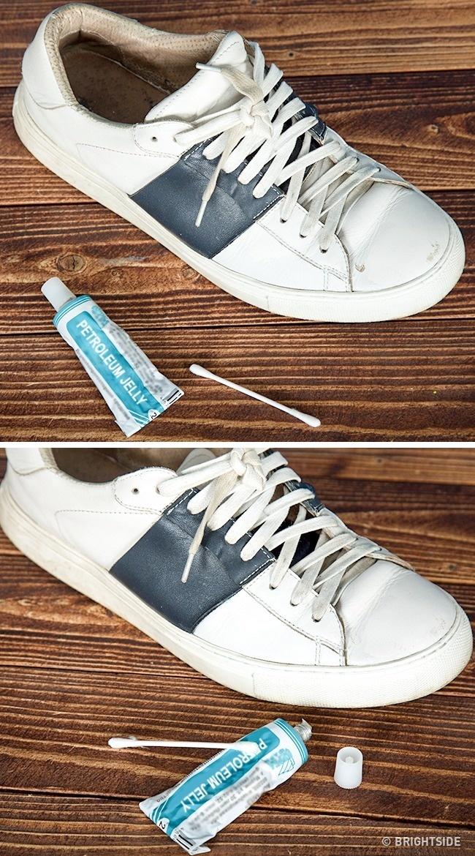 γρατσουνιές από τα παπούτσια
