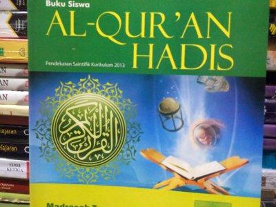 BUKU AQIDAH AKHLAQ AL QUR'AN HADIST FIQIH SKI dan BHS ARAB MI MTs Dan MA Sesuai KMA 183 Tahun 2019