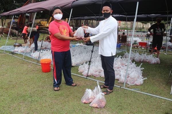PWI dan IJTI Dapat Bagian Pada Hari Raya Idul Adha Berupa Daging Kurban dari Kapolda Kalteng Masing masing 50 bungkus