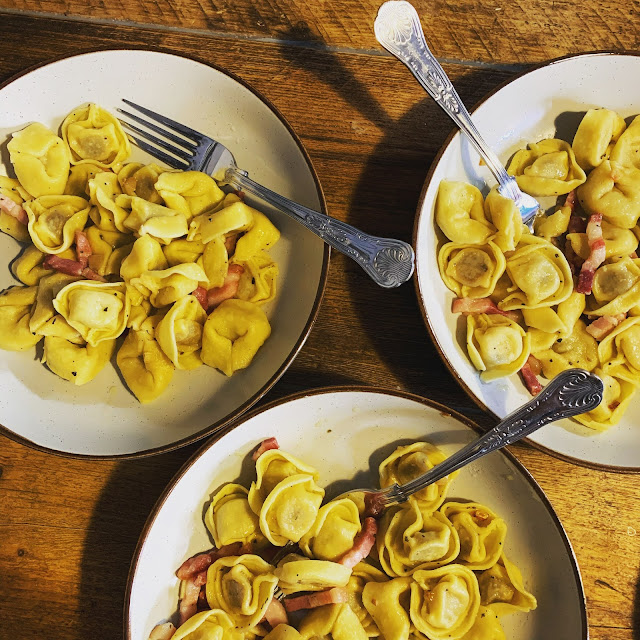 tortelloni with garlic, bacon and sage butter sauce