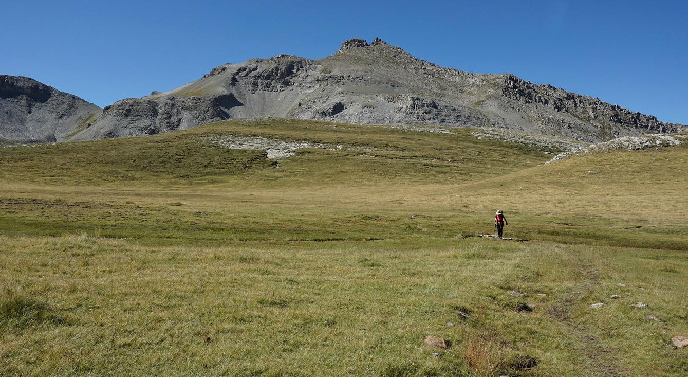 l'Estrop Valley Roche Grande in background