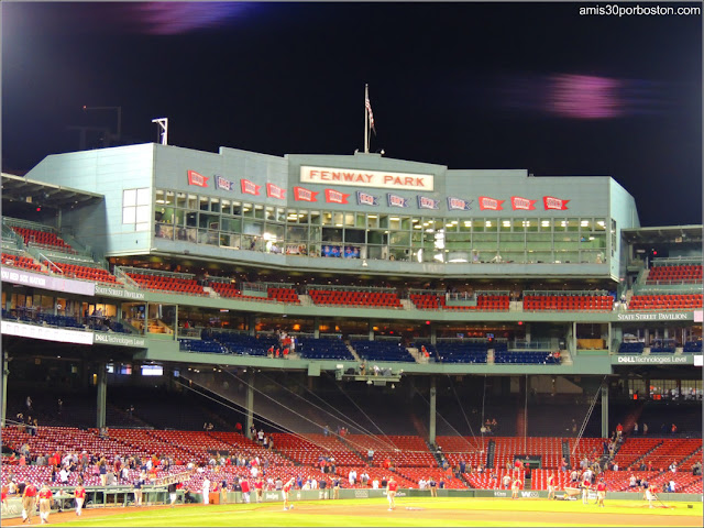 Fenway Park, Estadio de los Boston Red Sox